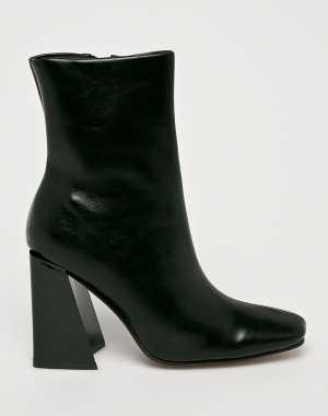 Truffle Collection Női Magasszárú cipő fekete